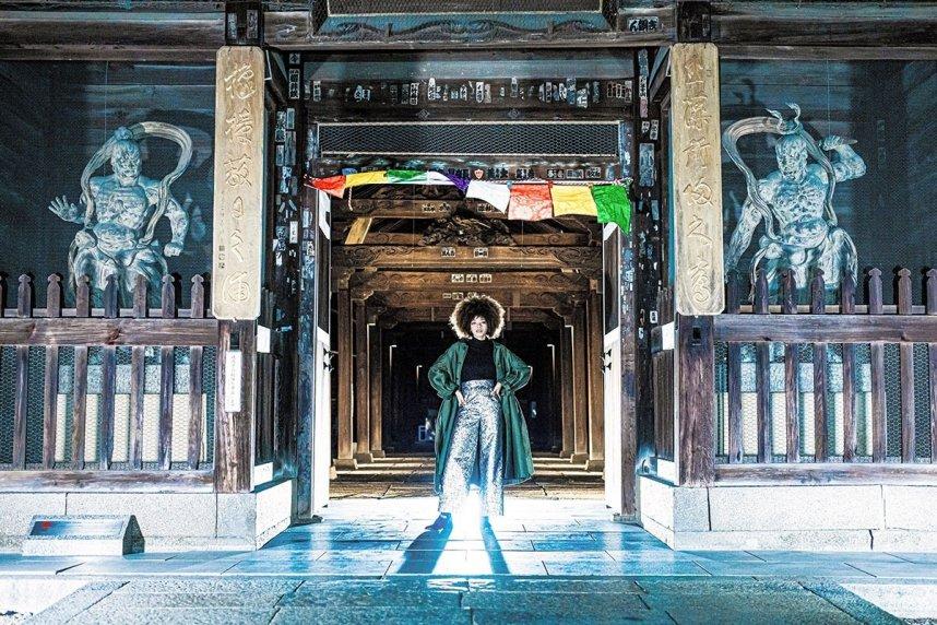 善通寺市が作成した動画「寺ンウェイ」の一場面